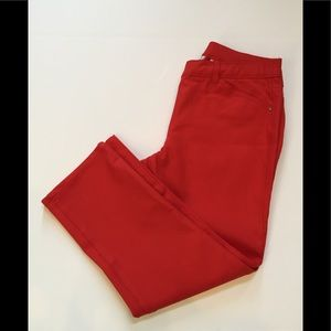 Chico's So Slimming red capris NWOT